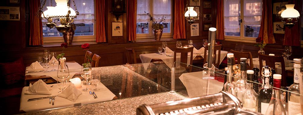 restaurant-4520